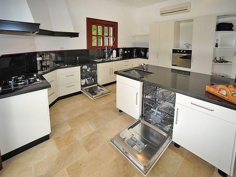 VillaKaribikSHR_Kitchen2K